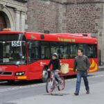 Quality, user-friendly public transport systems provide a viable alternative to the private car and help build livable, accessible cities. Photo by Alejandro Luna/EMBARQ Mexico.